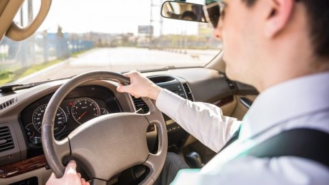 Top 10 Dangerous Driving Habits
