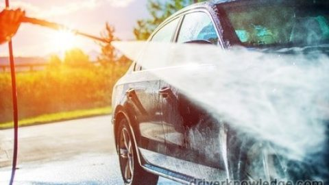How to Wash Your Car the Organic Way